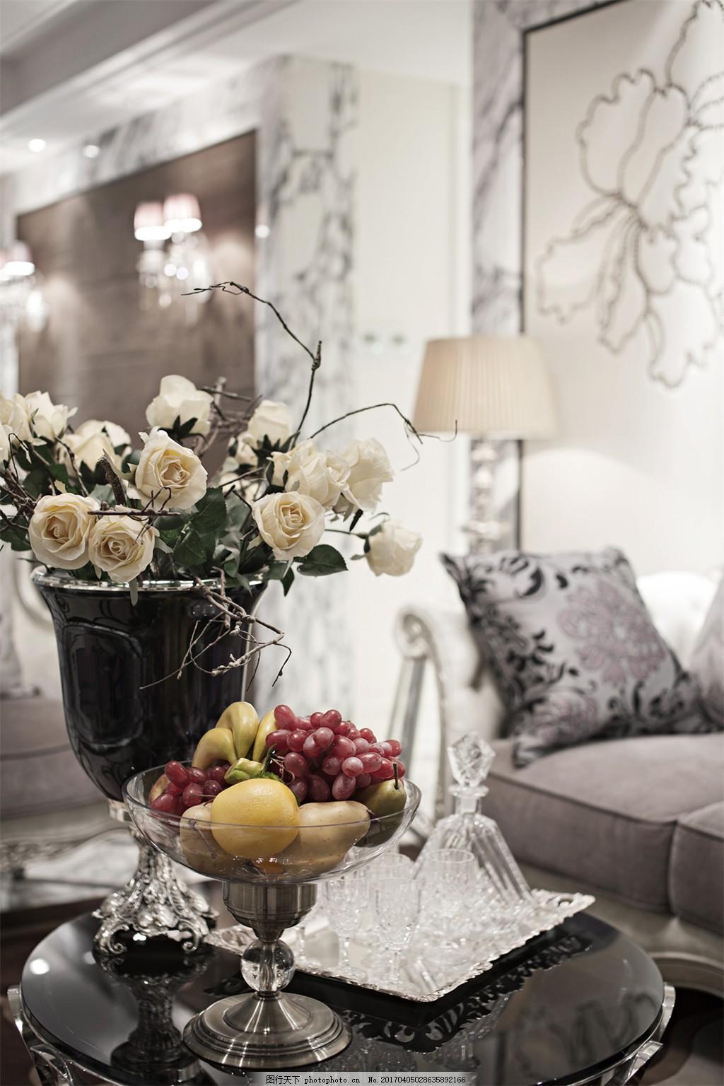 室内效果图(13) 娴雅 淡色玫瑰 水果 精美果盘 台灯 抱枕 灰色沙发