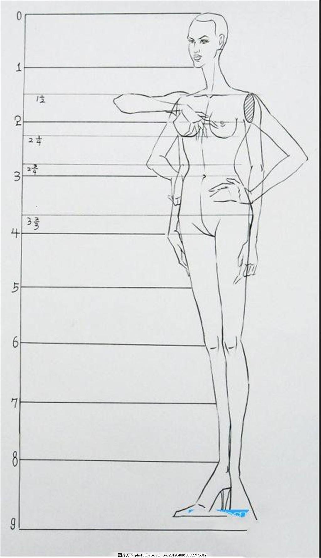 黑色服装线稿设计图