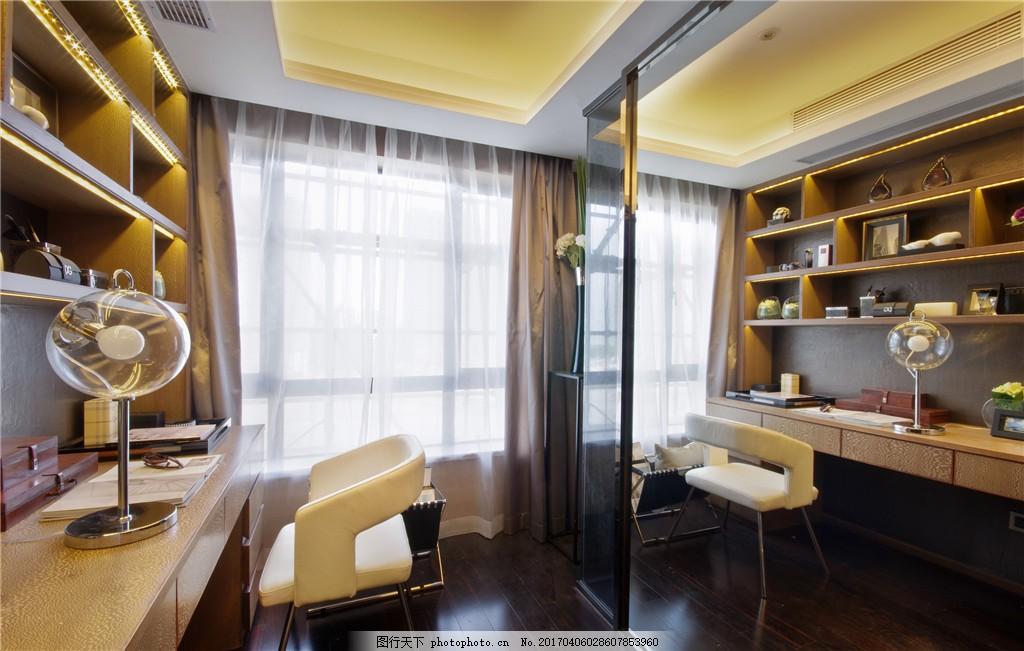 室内设计家装效果图 室内效果 客厅装饰 柜子 白色桌子 风扇 窗户