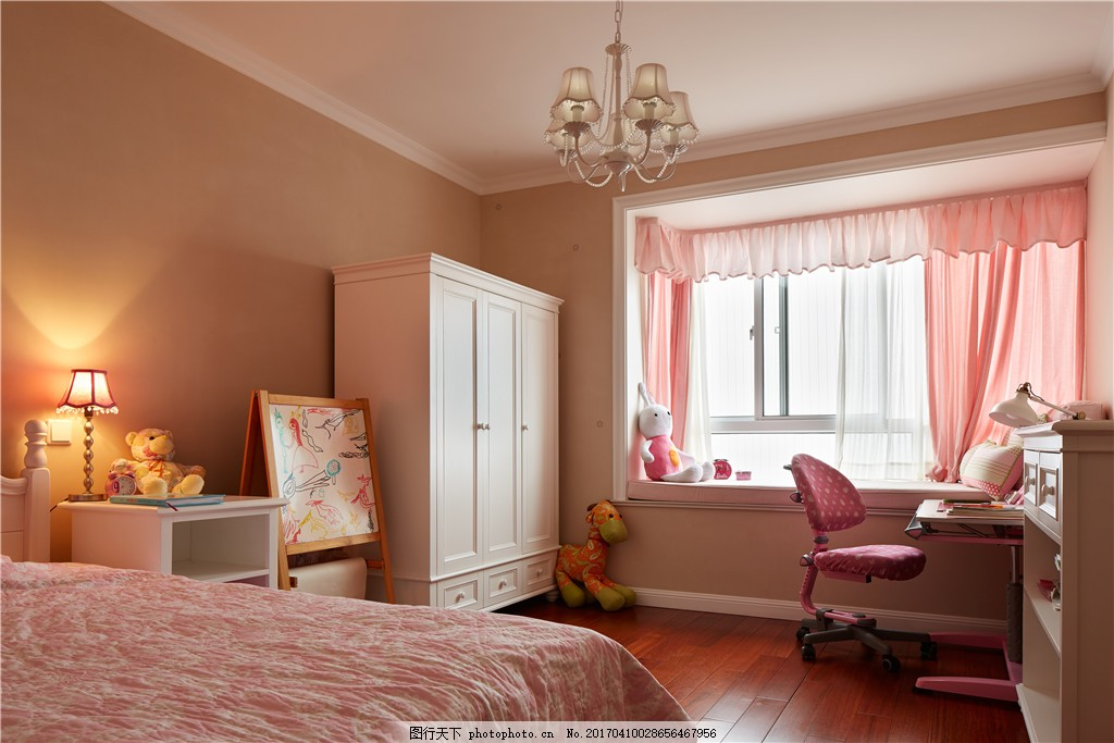 粉色室内卧室设计图