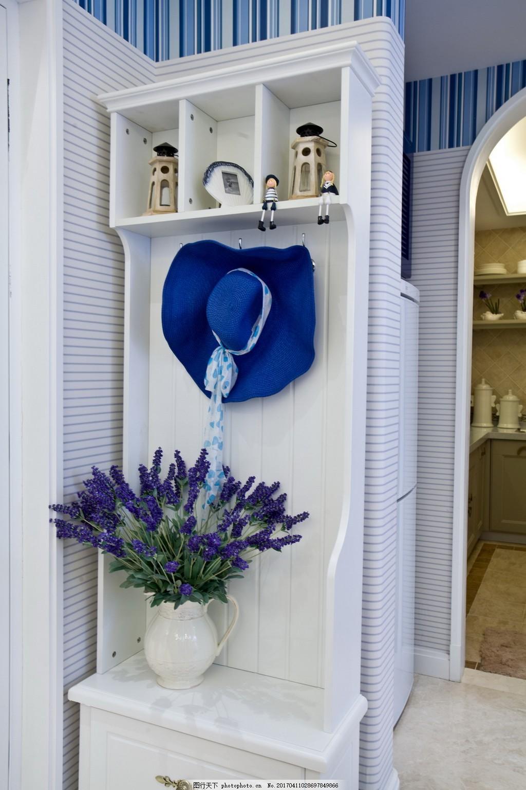 家居餐厅室内设计家装效果图 老式吊扇 花纹桌布 木质 桌椅 墙画