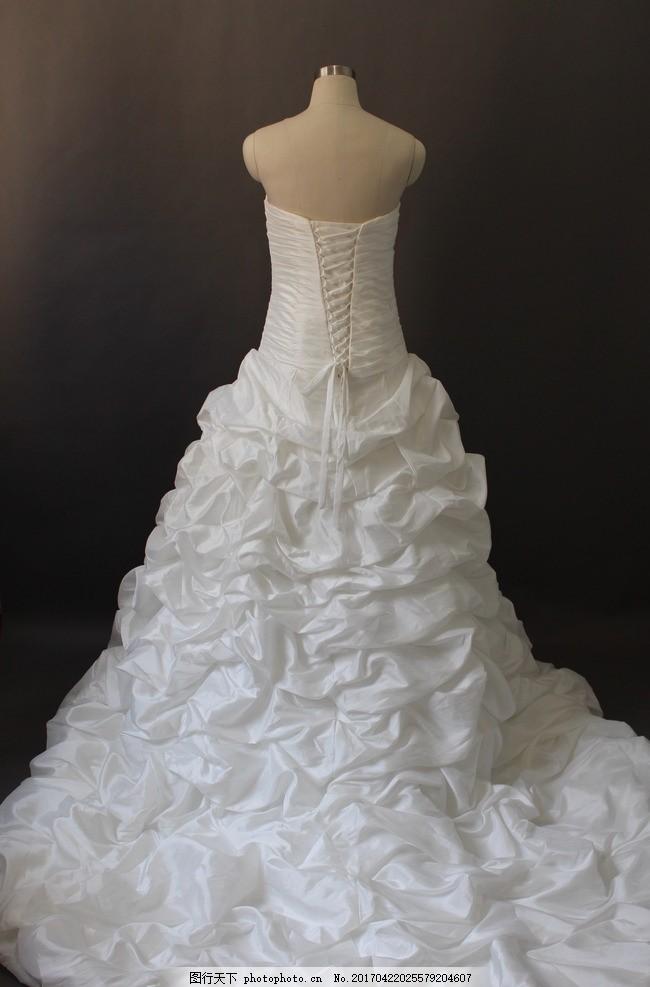 2017流行礼服图案
