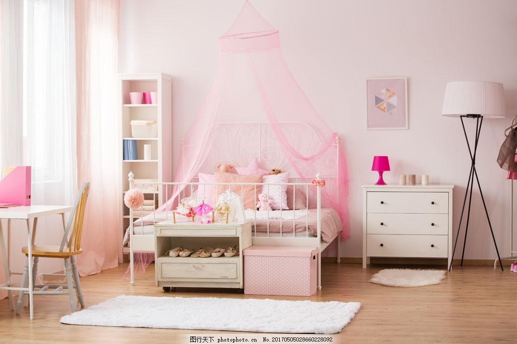 现代时尚女孩卧室装修效果图