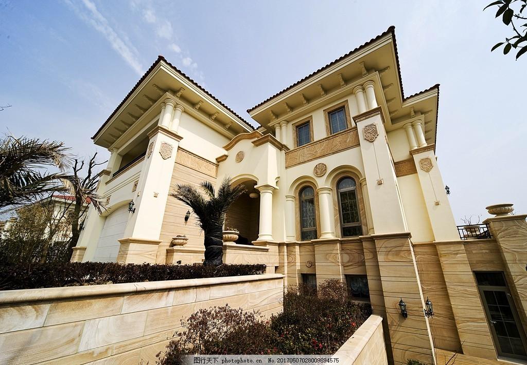 现代豪华别墅效果图 欧式建筑 建筑效果图 建筑图片 房屋 奢华别墅