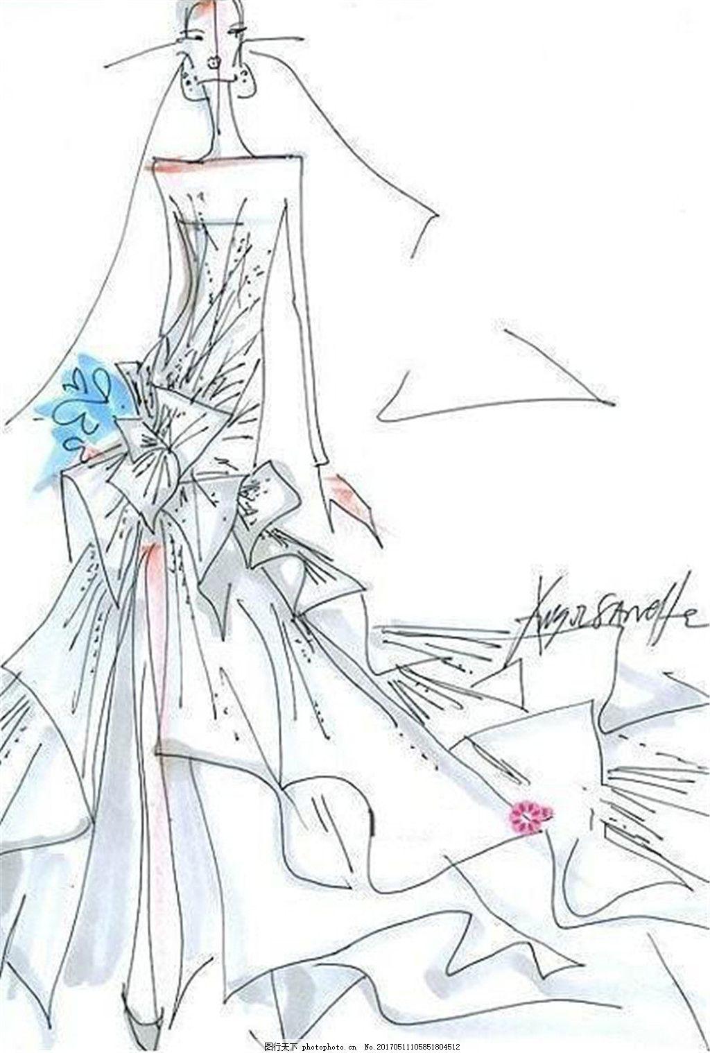 抹胸婚纱长裙设计图