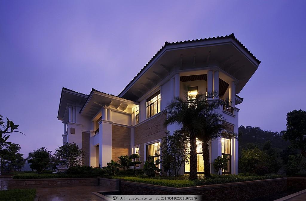 豪华别墅效果图 欧式建筑 风景画 建筑图片 房屋 中式别墅 夜色下的