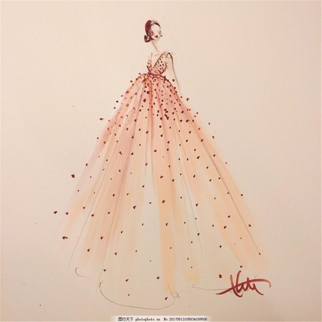 时尚斑点礼服设计图 时尚女装 职业女装 女装设计效果图 短裙 服装