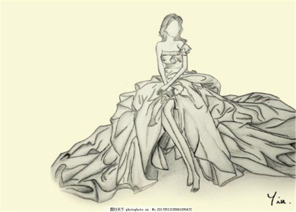 单肩长裙礼服设计图 时尚女装 职业女装 女装设计效果图 短裙 服装