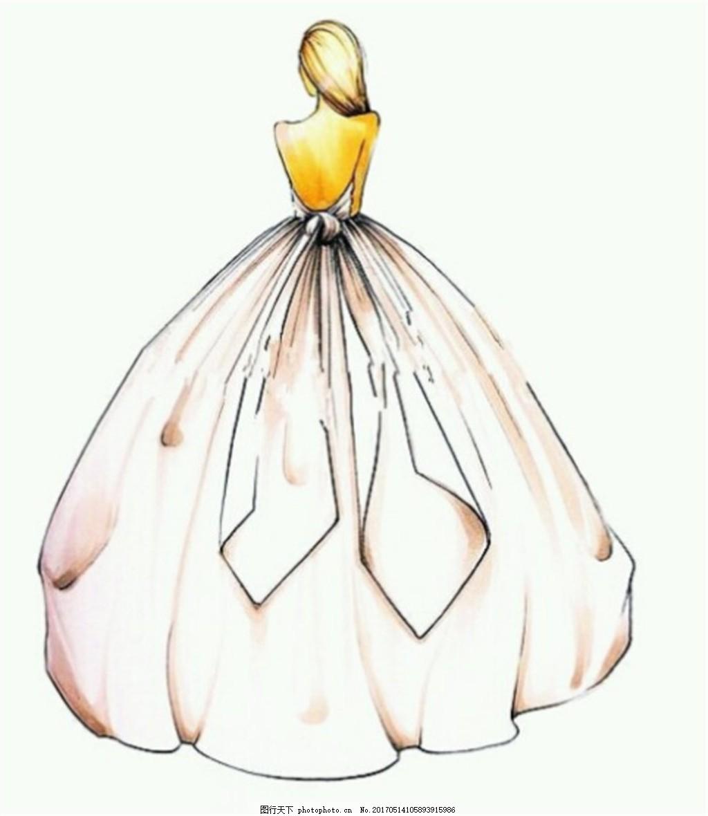 露背花瓣礼服设计图