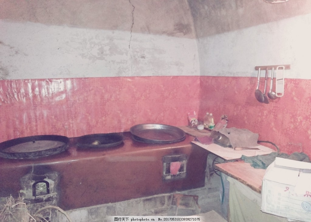 甘肃农村农户风貌 锅台 灶台 炉灶 烧柴 老式 落后 贫穷 老式锅台图片