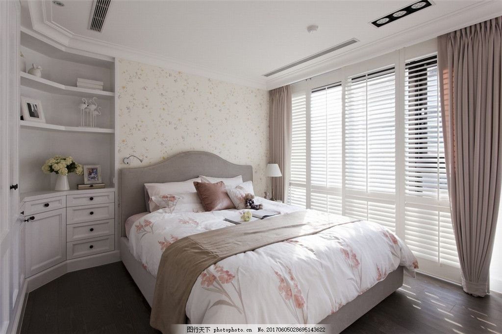 欧式简约卧室装修效果图